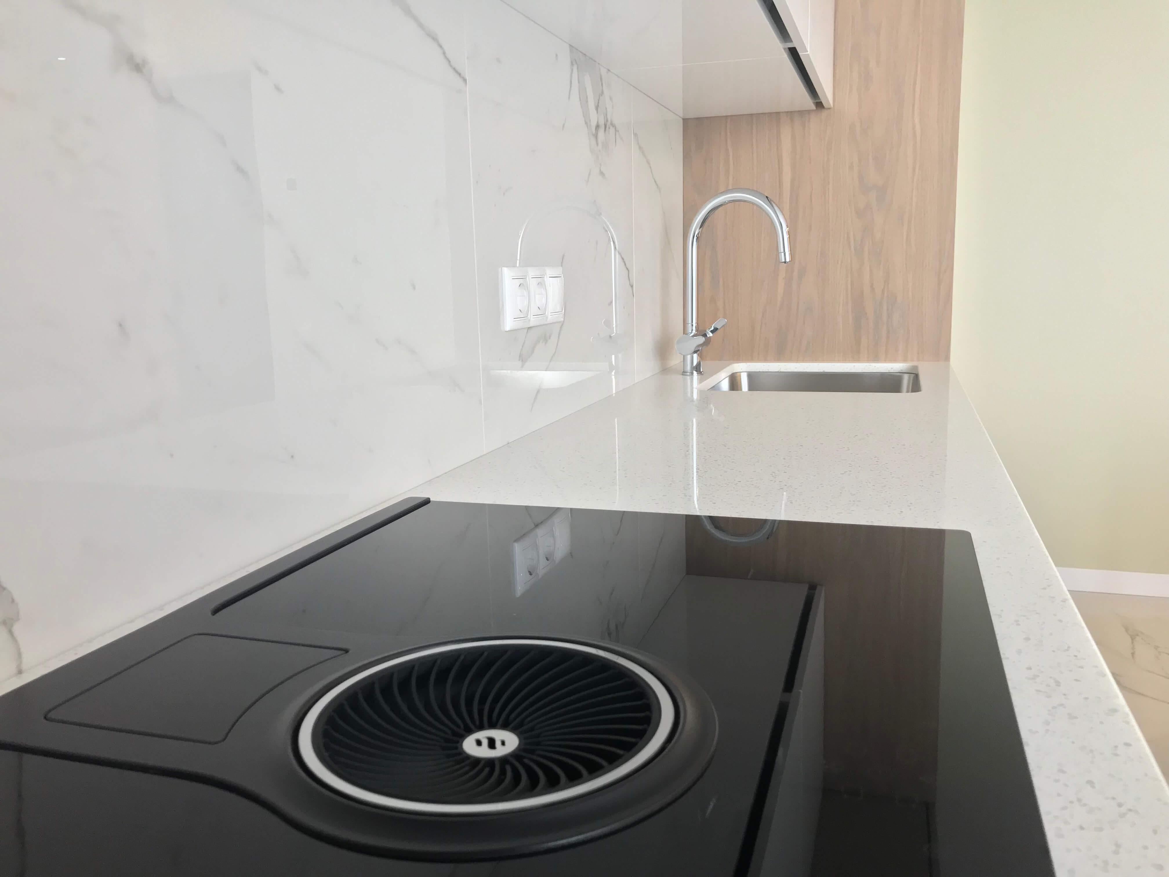 Варочная поверхность в кухне