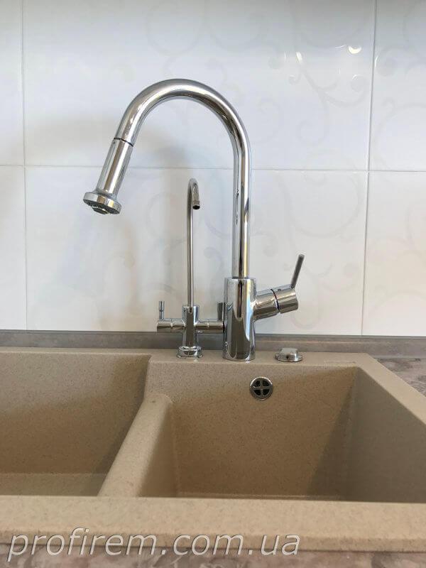 Фильтр для воды и смеситель