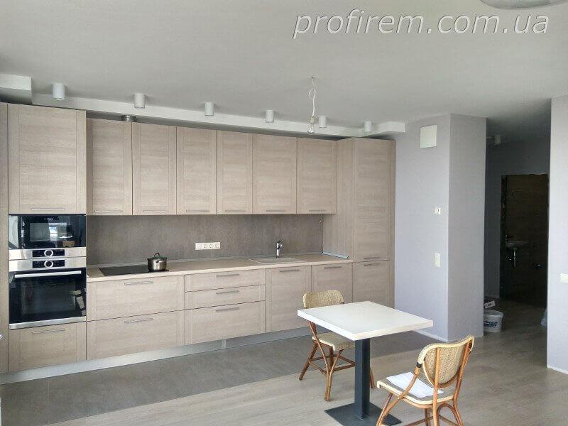 Обычная кухня в обычной квартире - ремонт Профирем