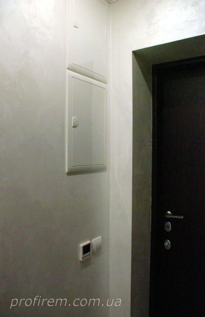 щиток в коридоре в квартире на Лобановского